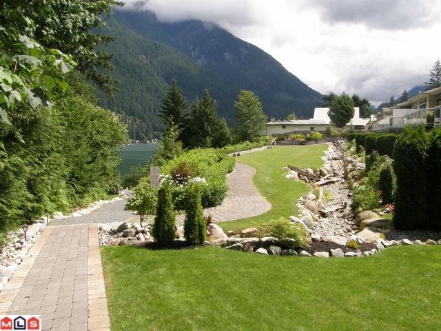 ниже,квартира,цена в Ванкувере, Канада