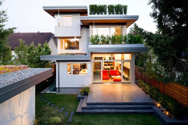 сколько стоит дом в канаде